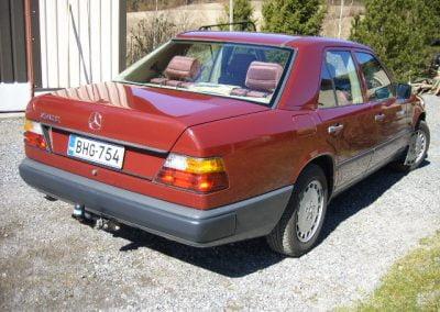 Mercedes Benz 230E, vm.1986
